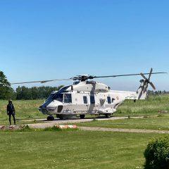 NH 90 helikopter brengt duikslachtoffer naar MCHZ